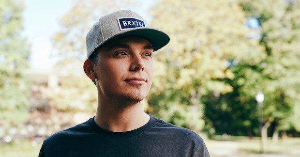Joachim Haraldsen kaller seg Noobwork på YouTube