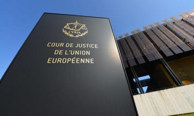 Først: Tirsdag i neste uke møter personvernaktivist Maximillian Schrems i EU-domstolen i en prinsipielt svært viktig sak mot Facebook. Saken er todelt, og konsekvensene kan bli store.Foto: Shutterstock