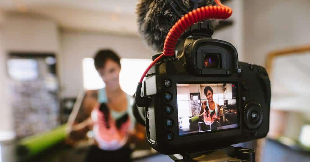 Mannlige influencere tjener mer enn kvinner, og forskjellen er størst på YouTube. Foto: Jacob Lund/Shutterstock